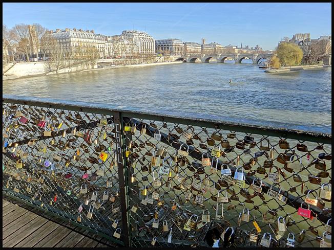 Paris cadenas 2011 pont des arts argoul - Cadenas amoureux pont paris ...