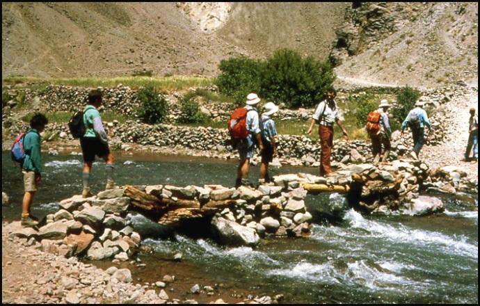 Randonnée dans le Haut Atlas central ; rencontre avec les Berbères au Maroc 44
