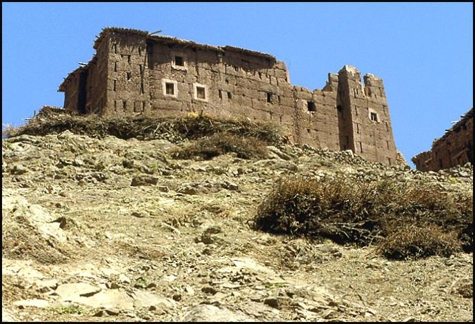 Randonnée dans le Haut Atlas central ; rencontre avec les Berbères au Maroc 42