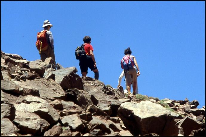 Randonnée dans le Haut Atlas central ; rencontre avec les Berbères au Maroc 23