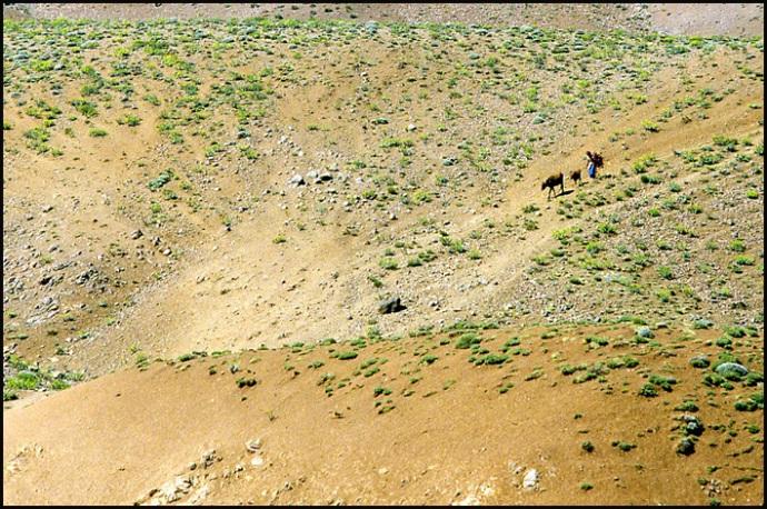 Randonnée dans le Haut Atlas central ; rencontre avec les Berbères au Maroc 36