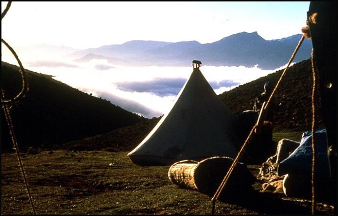 Randonnée dans le Haut Atlas central ; rencontre avec les Berbères au Maroc 47