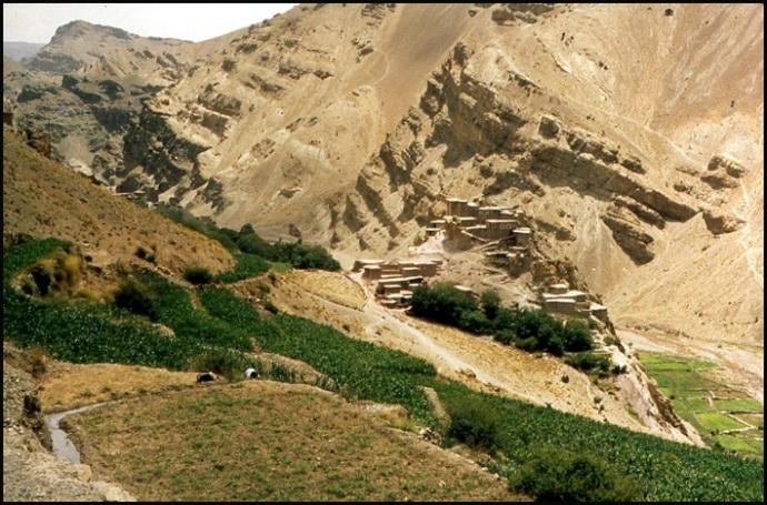 Randonnée dans le Haut Atlas central ; rencontre avec les Berbères au Maroc 48