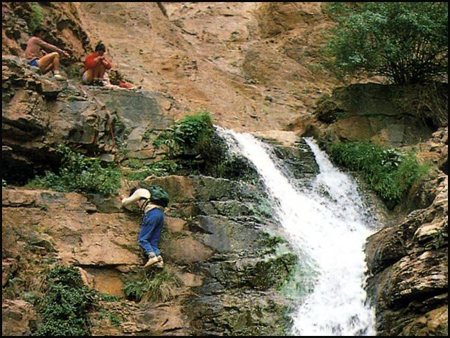 Randonnée dans le Haut Atlas central ; rencontre avec les Berbères au Maroc 49