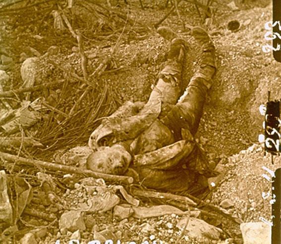 cadavre allemand tranchee 14-18