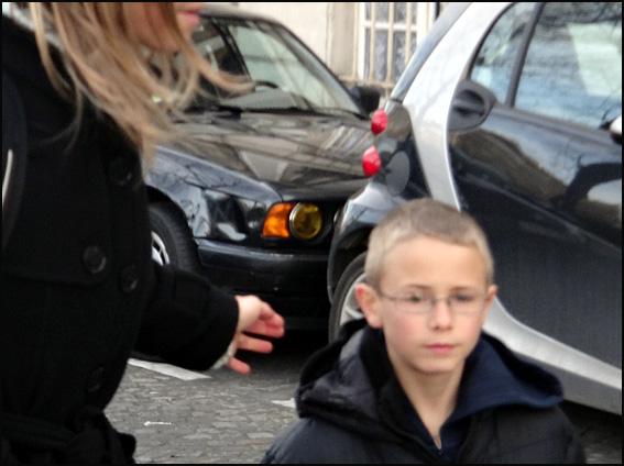 gamin en hiver paris