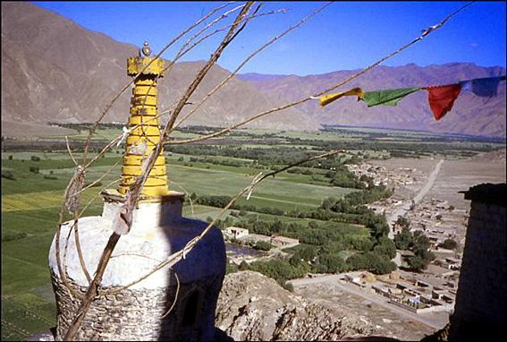 tibet drapeaux de priere