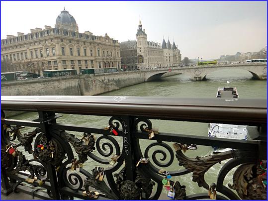 Paris pont d arcole
