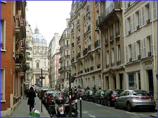 Paris rue du val de grace