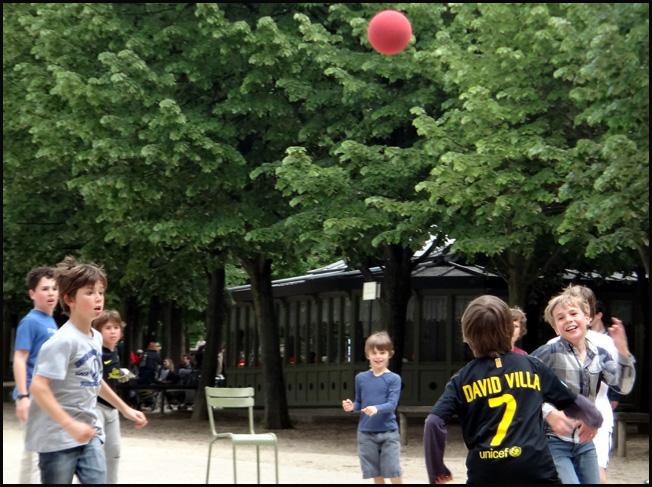 foot paris jardin luxembourg