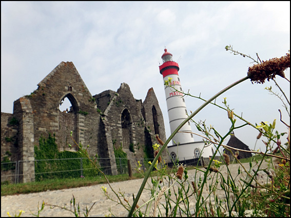 pointe st mathieu phare