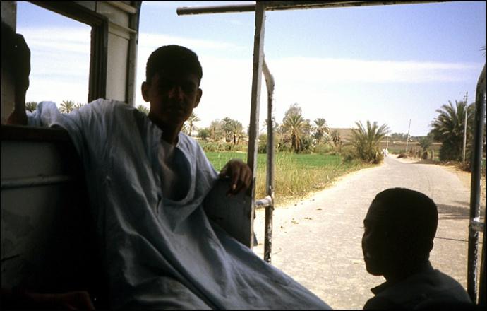 adolescent en galabieh egypte