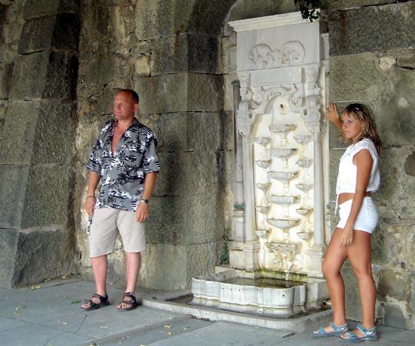 yalta palais vorontsov fontaine de pleurs