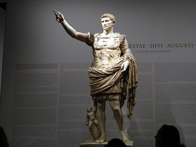 auguste imperator paris expo grand palais