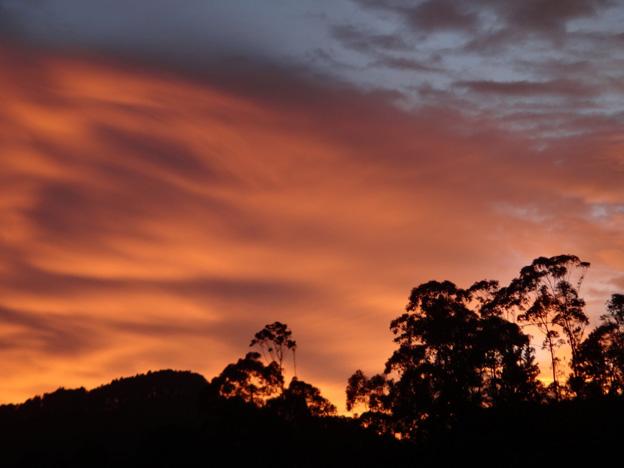 coucher de soleil adam s peak sri lanka