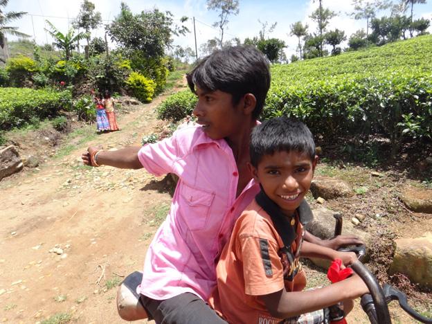 kids tamouls haputale sri lanka