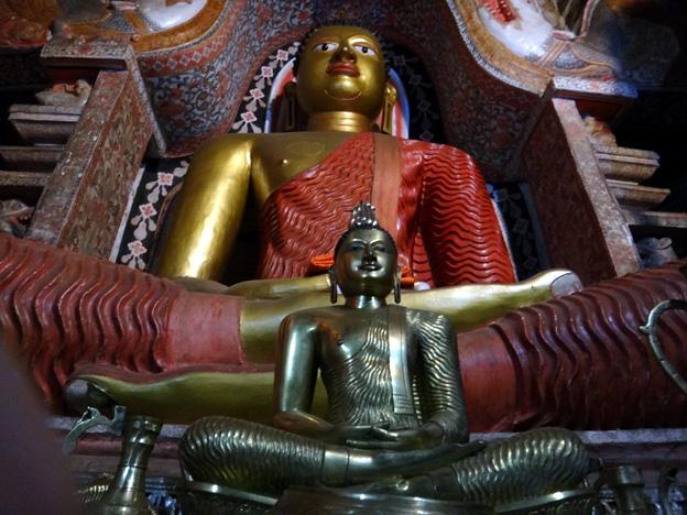temple Lankatilaka Rajamaha Viharaya sri lanka