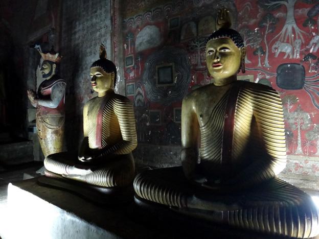 bouddha monastère rupestre dambulla sri lanka