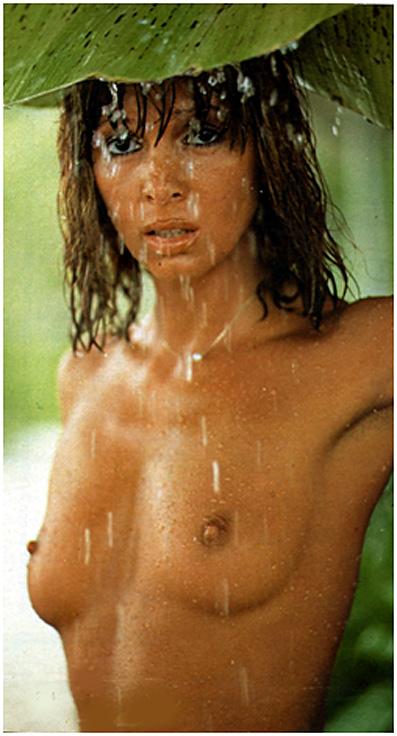 fille seins nus 70s