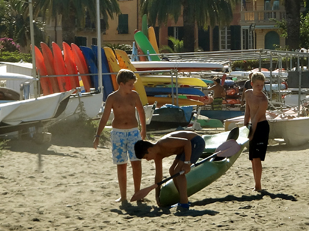 kayak de mer torse nu