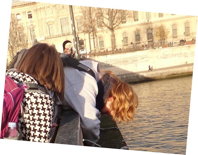 Paris cadenas decembre 2014 touristes insistent