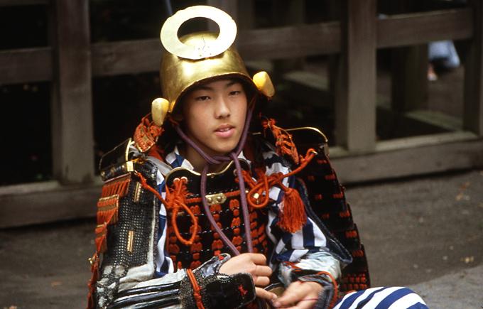 ephebe samourai nikko festival photo argoul
