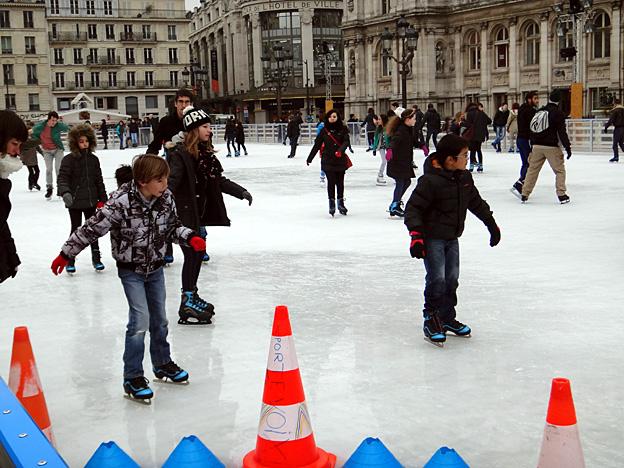 patinoire hotel de ville paris fevrier