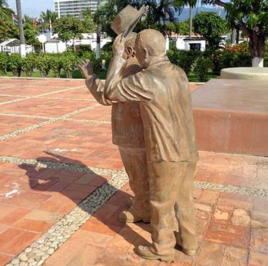 puerto vallarta statues