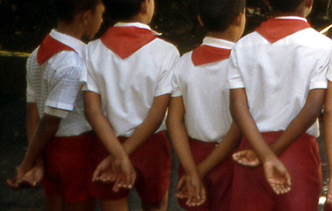 gamins de cuba mains liées