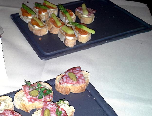 Roger la Grenouille buffet