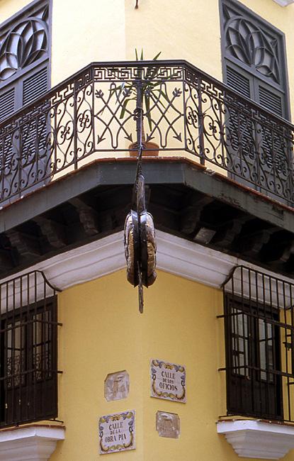la havane facade coloniale