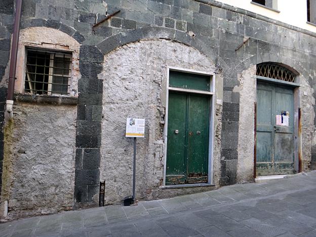 levanto via guani maison medievale