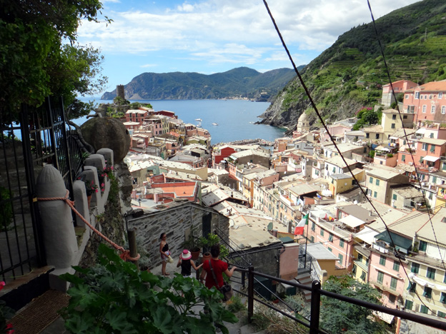 quittant vernazza