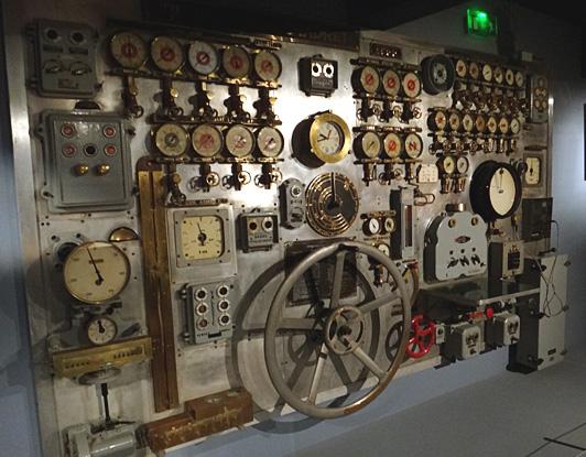 passerelle de commandement vauquelin brest musee de la marine