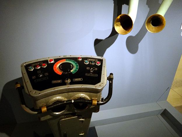 poste de commande porte helico jeanne d arc brest musee de la marine