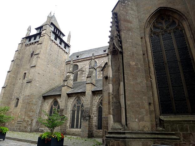 st brieuc cathedrale exterieur