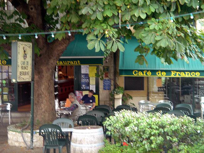 Montcuq Café de France