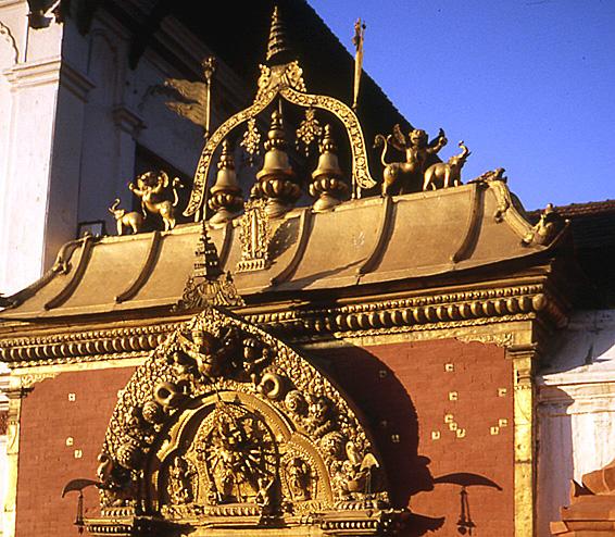 bhaktapur nepal entree doree de temple