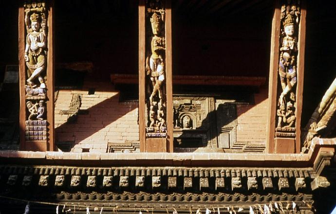 bhaktapur nepal sculptures en bois