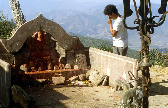 nepal temple Kali Kabre trident de shiva