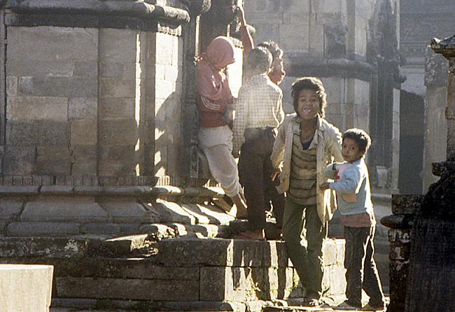 pasupatinath tire langue gamin nepal
