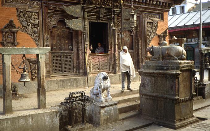 patan gawal buddha temple nepal