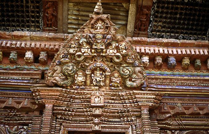 patan porte bois sculpté nepal