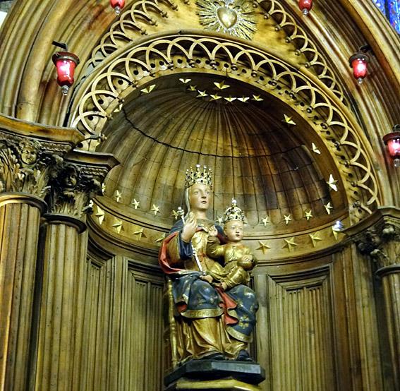 Chartres vierge du pilier
