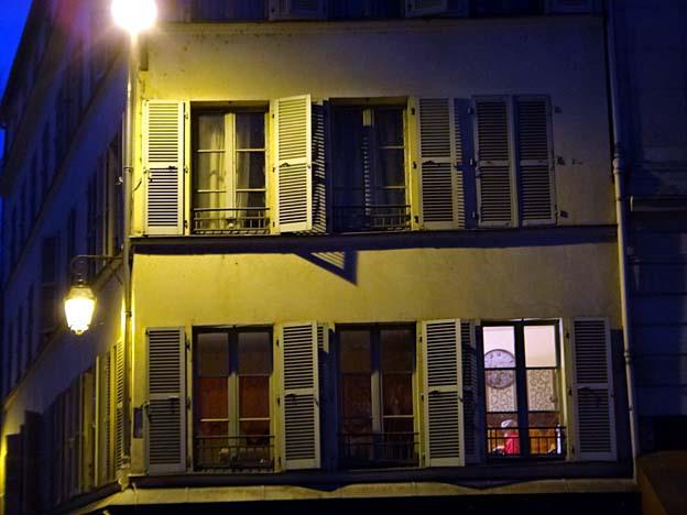 paris apres attentats quietude du chez soi