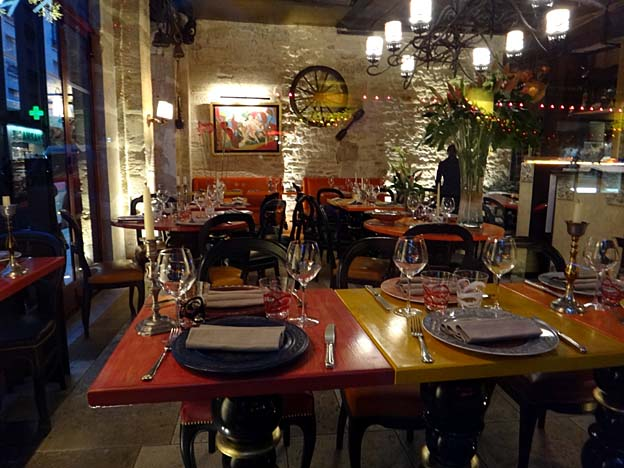 restaurant a paris rue st louis en l ile