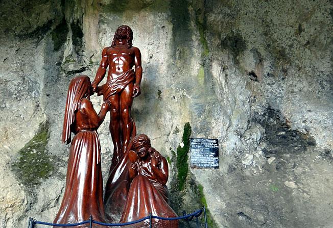 ermitage antoine gorges de galamus christ et 2 madeleine