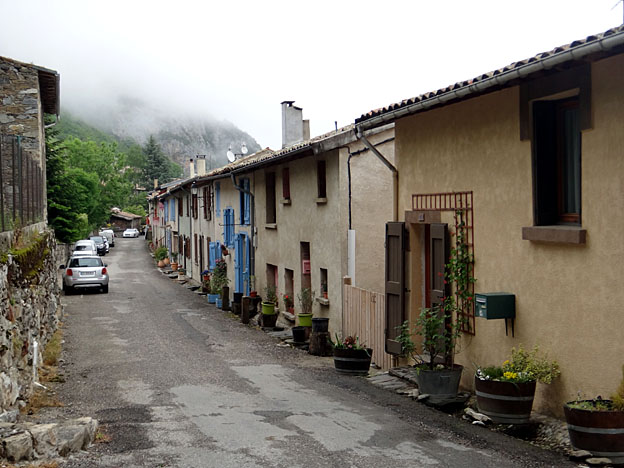 montsegur village