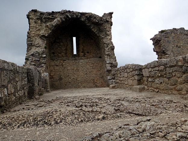 peyrepertuse chapelle san jordi