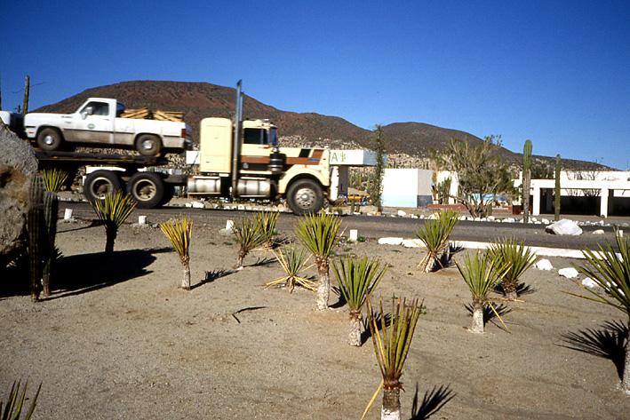 trucks Basse Californie